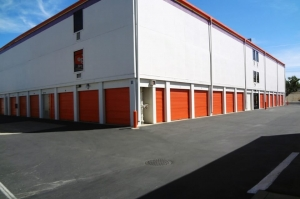 Public Storage - Sacramento - 801 57th Street - Photo 2