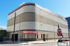 Public Storage - Los Angeles - 1606 Cotner Ave - Photo 1