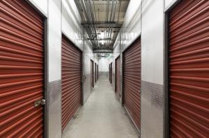 Public Storage - Los Angeles - 1606 Cotner Ave - Photo 2