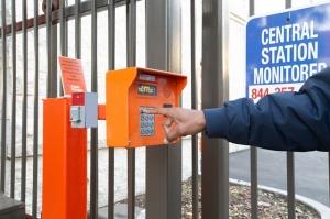 Public Storage - Costa Mesa - 2075 Newport Blvd - Photo 5
