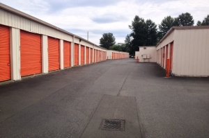 Image of Public Storage - Renton - 2233 E Valley Rd Facility on 2233 E Valley Rd  in Renton, WA - View 2