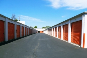 Image of Public Storage - Alameda - 1829 Webster Street Facility on 1829 Webster Street  in Alameda, CA - View 2