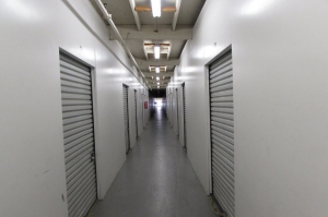 Image of Public Storage - Sacramento - 311 N 16th Street Facility on 311 N 16th Street  in Sacramento, CA - View 2