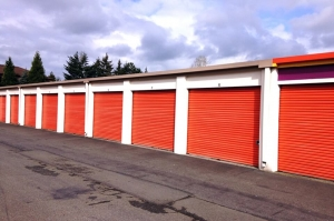 Image of Public Storage - Federal Way - 34701 Pacific Hwy S Facility on 34701 Pacific Hwy S  in Federal Way, WA - View 2