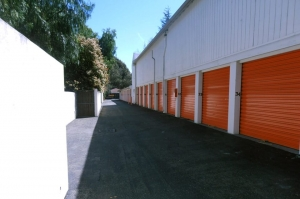Public Storage - San Ramon - 2590 San Ramon Valley Blvd - Photo 2