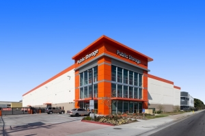 Public Storage - Huntington Park - 6911 S Alameda St - Photo 1