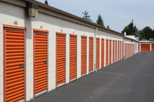 Public Storage - Milwaukie - 13325 SE McLoughlin Blvd - Photo 2