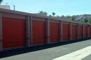 Image of Public Storage - Rancho Mirage - 70170 Highway 111 Facility on 70170 Highway 111  in Rancho Mirage, CA - View 2