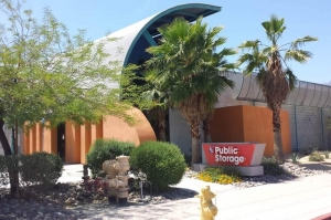 Public Storage - Palm Springs - 1000 S Gene Autry Trail