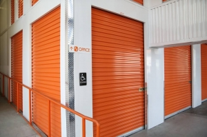 Image of Public Storage - Los Angeles - 3625 S Grand Ave Facility on 3625 S Grand Ave  in Los Angeles, CA - View 2