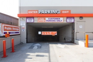 Public Storage - Los Angeles - 1901 S Sepulveda Blvd - Photo 4