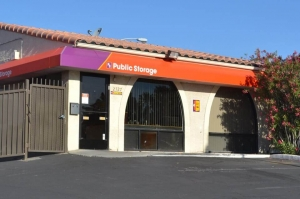 Public Storage - Las Vegas - 2727 S Decatur Blvd - Photo 1