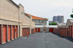 Image of Public Storage - Las Vegas - 3550 Arville St Facility on 3550 Arville St  in Las Vegas, NV - View 2