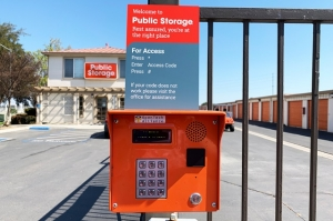 Public Storage - Tracy - 300 E Larch Road - Photo 5