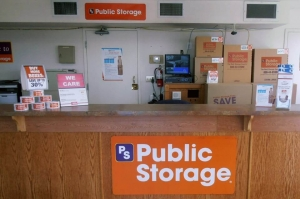 Public Storage - Tracy - 300 E Larch Road - Photo 3