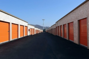 Image of Public Storage - Fontana - 17173 Valley Blvd Facility on 17173 Valley Blvd  in Fontana, CA - View 2