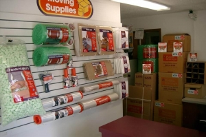 Image of Public Storage - Issaquah - 1701 NW Sammamish Road Facility on 1701 NW Sammamish Road  in Issaquah, WA - View 3