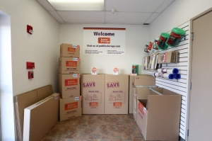 Image of Public Storage - Anaheim - 130 S Knott Ave Facility on 130 S Knott Ave  in Anaheim, CA - View 3