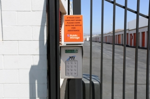Public Storage - Sun Valley - 7880 San Fernando Rd - Photo 5