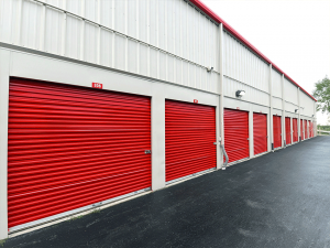 Image of Storage Rentals of America - Comstock Park Facility on 3718 Alpine Avenue Northwest  in Comstock Park, MI - View 4