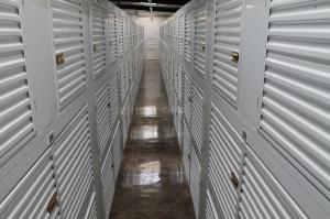 Image of StorQuest - Honolulu / Moonui Facility on 1329 Moonui Street  in Honolulu, HI - View 3