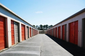 Image of Public Storage - Smyrna - 1700 Roswell Street SE Facility on 1700 Roswell Street SE  in Smyrna, GA - View 2