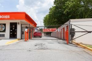 Image of Public Storage - Atlanta - 2519 Chantilly Drive Facility on 2519 Chantilly Drive  in Atlanta, GA - View 4