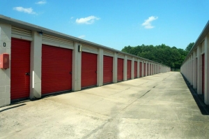 Image of Public Storage - Lake City - 1471 Forest Parkway Facility on 1471 Forest Parkway  in Lake City, GA - View 2