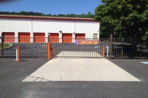 Image of Public Storage - Green Brook - 328-332 US Highway 22 Facility on 328-332 US Highway 22  in Green Brook, NJ - View 4