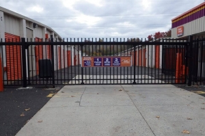 Image of Public Storage - Willow Grove - 2535 Maryland Road Facility on 2535 Maryland Road  in Willow Grove, PA - View 4