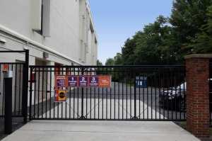 Image of Public Storage - McLean - 1510 Spring Hill Road Facility on 1510 Spring Hill Road  in McLean, VA - View 4