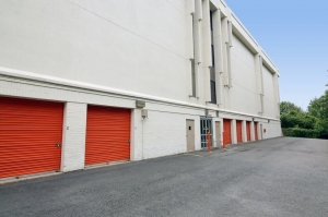 Image of Public Storage - McLean - 1510 Spring Hill Road Facility on 1510 Spring Hill Road  in McLean, VA - View 2