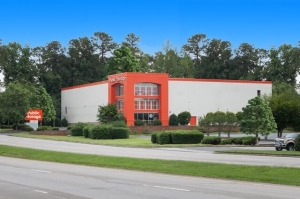 Image of Public Storage - Raleigh - 6921 Glenwood Ave Facility at 6921 Glenwood Ave  Raleigh, NC