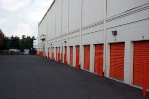 Image of Public Storage - Chantilly - 3854 Dulles South Court Facility on 3854 Dulles South Court  in Chantilly, VA - View 2