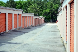 Public Storage - Stone Mountain - 1964 Rockbridge Road - Photo 2