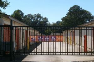 Image of Public Storage - Virginia Beach - 2109 Greenwell Road Facility on 2109 Greenwell Road  in Virginia Beach, VA - View 4