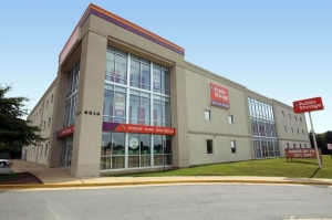 Image of Public Storage - Seven Corners - 6319 Arlington Blvd Facility at 6319 Arlington Blvd  Seven Corners, VA