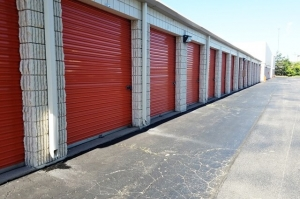 Image of Public Storage - Oak Park - 20950 Greenfield Road Facility on 20950 Greenfield Road  in Oak Park, MI - View 2