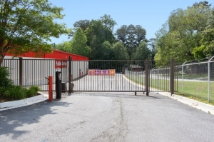 Picture of Public Storage - Atlanta - 3692 Clairmont Road