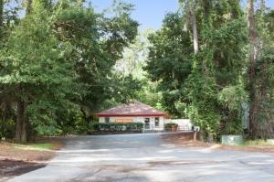 Public Storage - Hilton Head Island - 27 Office Park Road - Photo 1