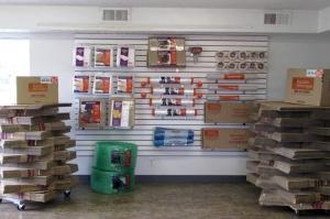 Image of Public Storage - Suitland - 4414 Suitland Road Facility on 4414 Suitland Road  in Suitland, MD - View 3