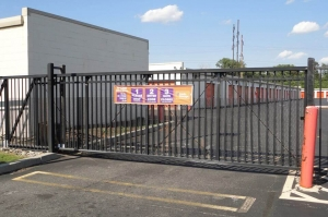 Image of Public Storage - Philadelphia - 2190 Wheatsheaf Lane Facility on 2190 Wheatsheaf Lane  in Philadelphia, PA - View 4