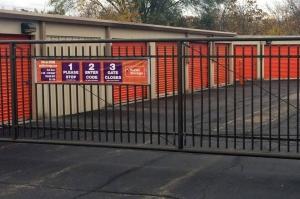 Image of Public Storage - Indianapolis - 4310 E 62nd Street Facility on 4310 E 62nd Street  in Indianapolis, IN - View 4