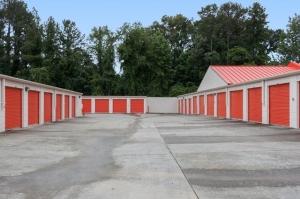 Image of Public Storage - Raleigh - 6220 Creedmoor Road Facility on 6220 Creedmoor Road  in Raleigh, NC - View 2