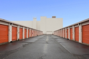 Image of Public Storage - Bridgeport - 299 Wordin Ave Facility on 299 Wordin Ave  in Bridgeport, CT - View 2