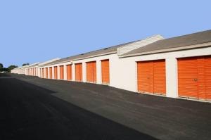 Image of Public Storage - Philadelphia - 7000 Lindbergh Blvd Facility on 7000 Lindbergh Blvd  in Philadelphia, PA - View 2