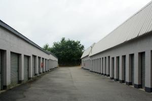 Image of Public Storage - Hilton Head Island - 17 Dillon Rd Facility on 17 Dillon Rd  in Hilton Head Island, SC - View 2