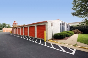 Image of Public Storage - McLean - 1751 Old Meadow Road Facility on 1751 Old Meadow Road  in McLean, VA - View 2