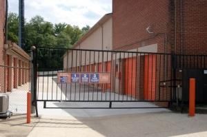 Image of Public Storage - Fort Washington - 9200 Livingston Road Facility on 9200 Livingston Road  in Fort Washington, MD - View 4