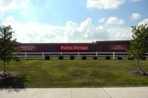 Image of Public Storage - Columbus - 5341 N Hamilton Rd Facility at 5341 N Hamilton Rd  Columbus, OH